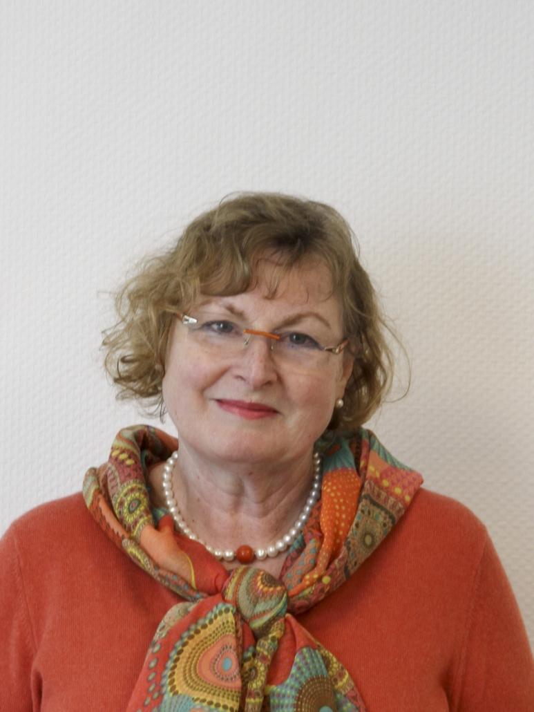 Dr. Charlotte Zahn-Brünjes